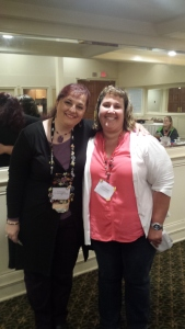 Member of the Month Lisa Kessler (l.) with President-Elect Tami Vahalik